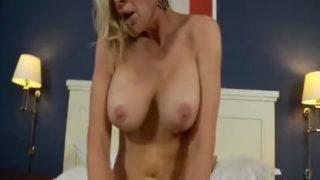 Глубоко в анал порно онлайн